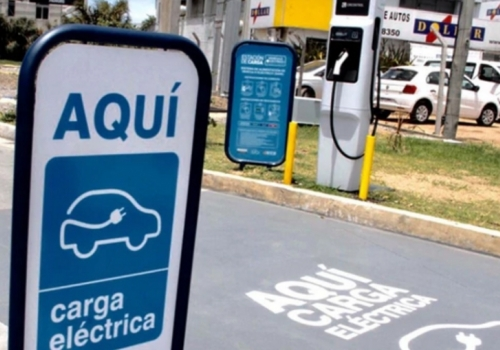 Viajar en auto eléctrico en Uruguay